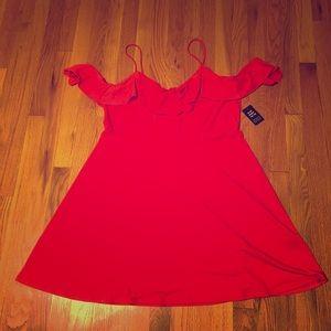 ✨NWT Express Cold Shoulder Flowy Dress